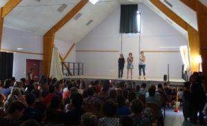Les enseignantes de l'école René BUNEL de Trouville-La-Haule: Mmes Deneuve, Castel (directrice) et Richer.