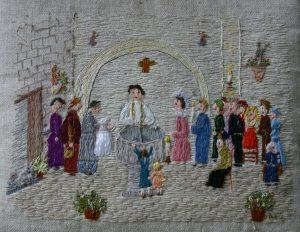 Broderie réalisée par Madeleine JOTTE - Le baptême de Léonie